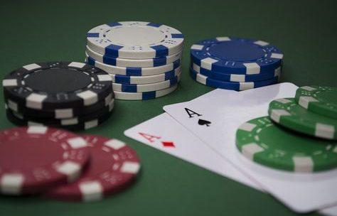 สมัครบาคาร่า เครดิตฟรี คาสิโนออนไลน์มีหลายเกมให้เล่น  มอบให้เครดิตฟรี 100 บาท